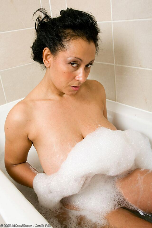 Mature babe Danica Collins nude and soapy